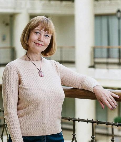Елена Носюр