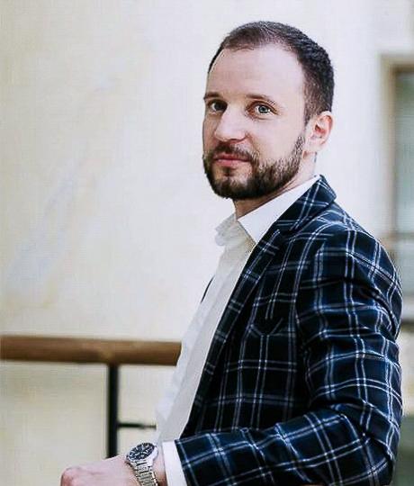 Александр Сальников